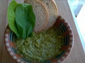 Авокадо с соевым соусом и чесноком