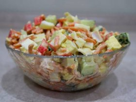 Салат с крабовыми палочками и морковкой по-корейски