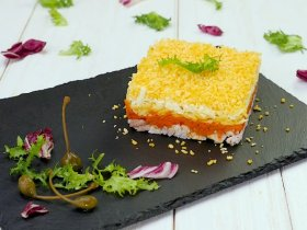 Слоеный салат «Бунито»