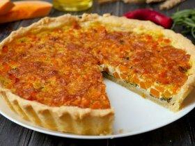 Пирог с тыквой, шпинатом и сыром