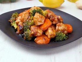 Курица под соусом терияки с овощами